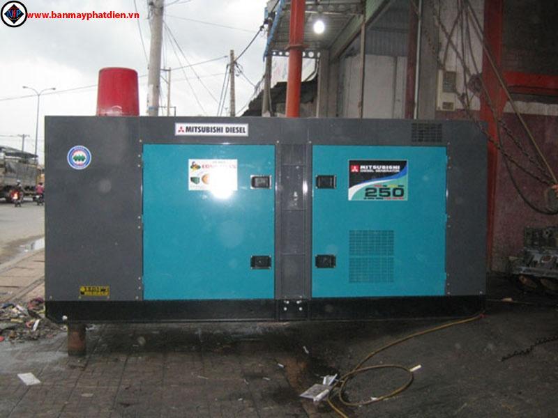 Máy phát điện mitsubishi 250kva, cho thuê máy phát điện mitsubishi 250kva, sửa chữa máy phát điện mitsubishi 250kva. Hotline: 0909.153.183
