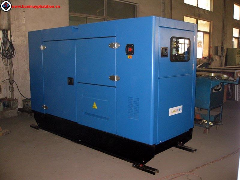 Máy phát điện cummins 100kva, cho thuê máy phát điện cummins 100kva, sửa chữa máy phát điện cummins 100kva. Liên hệ: 0988.144.847