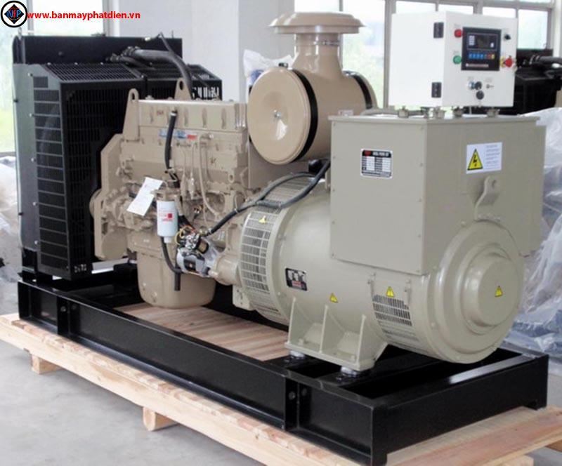 Máy phát điện cummins 300kva, cho thuê máy phát điện cummins 300kva, sửa chữa máy phát điện cummins 300kva. Hotline: 0909.153.183
